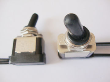 Electrical Off On Momentary On Toggle Switch , Ac Toggle Switch Waterproof