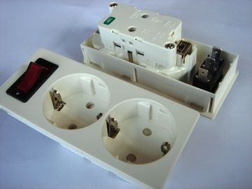 China Germany Double Electric Power Sockets Power Outlet With Switch Control factory
